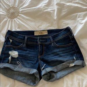 Hollister Jean shorts size 26